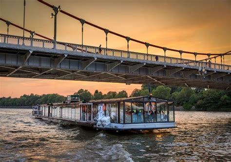 Boat Tour London Thames by Bateaux London Thames Dinner Cruise Golden Tours