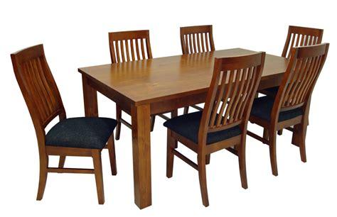 chaise en plastique transparent chaise dsw eames transparente reprodutcion diiiz accueil