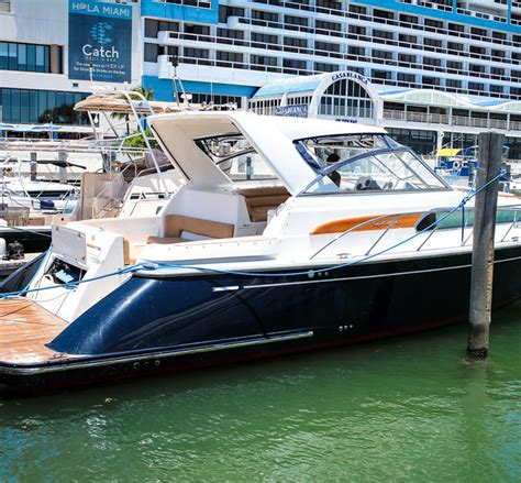 Party Boat Miami Price by Host Your Own Yacht Party This Labor Day With A Miami Boat