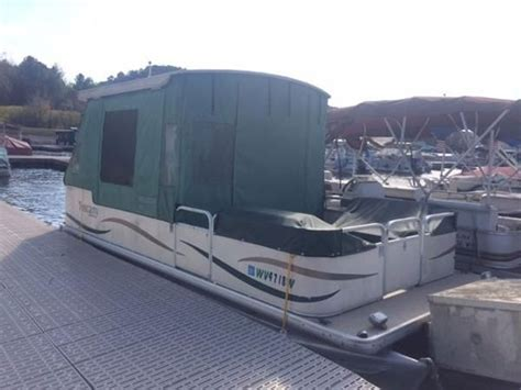 Houseboats Under 10000 by 5 Bargain Boats For Under 10 000 Boats