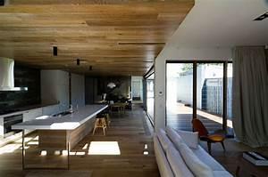 Moderne Holzdecken Beispiele : moderne inneneinrichtung aus holz in einem open house in australien ~ Markanthonyermac.com Haus und Dekorationen