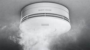 Rauchmelder Und Zigarettenqualm : rauchmelder im test wohnen ~ Markanthonyermac.com Haus und Dekorationen