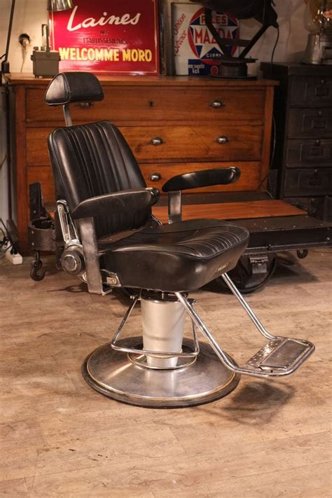 1000 id 233 es sur le th 232 me barber chair sur salon de barbier chaises de salon et