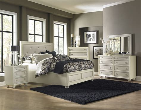 Diamond Island Bedroom Set From Magnussen Home (b234450h
