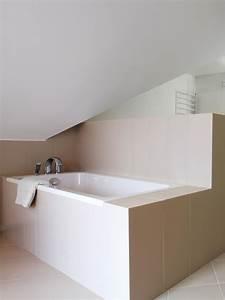 Große Fliesen In Kleinen Räumen : bad unterm dach ideen und tipps ~ Markanthonyermac.com Haus und Dekorationen