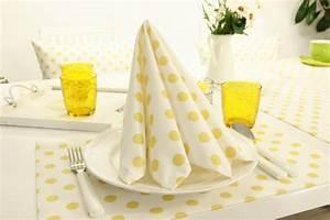 Weiße Kissenbezüge 40x40 : stoffserviette punkte wei gelb saoni gr e 40x40 cm tideko tischdecken tischdecken ~ Markanthonyermac.com Haus und Dekorationen