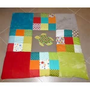tapis d 233 veil pour b 233 b 233 avec tortue sur mesure pour parc ou chambre d enfant fait