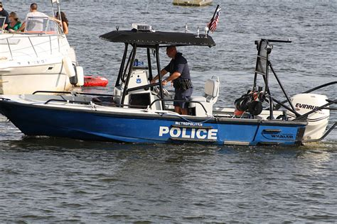 Dc Police Boat by Police Patrol Strategies Patrol Boats E Roll Call Magazine