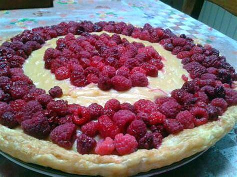 recette de tarte feuilletee aux framboises et creme patissiere