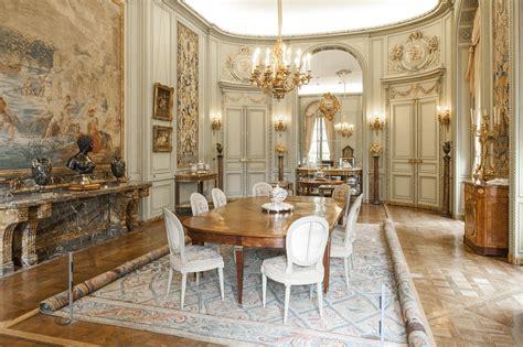 la salle 224 manger et le cabinet de porcelaines