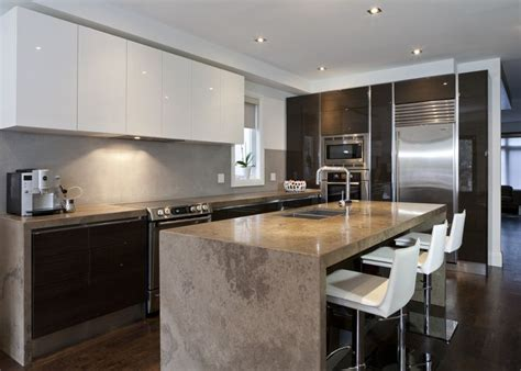 Scavolini Modern Kitchen. Dark Wood. Glossy White Lacquer