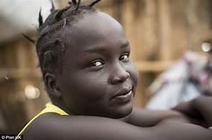Girl, 17, reveals how she fled civil war in South Sudan ...