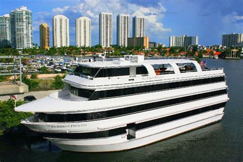 Party Boat For Sale Miami by Miami Party Boats And Yachts Available For Wedding Ceremonies