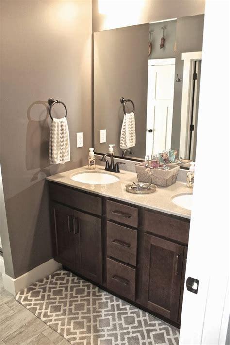1000 ideas about bathroom wall colors on bathroom paint colors bathroom color