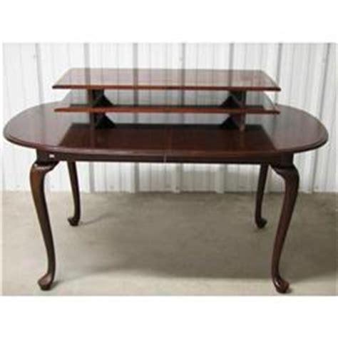 ethan allen mahogany dining table 11 6094