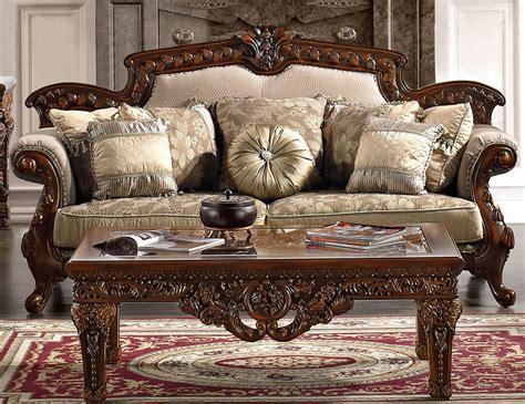 Divan Victorian Style Living Room