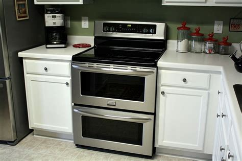 The Frigidaire Gallery Range Symmetry Double How To Clean Stove Top Burners With Baking Soda Sears Kenmore Recalls Enviro Kodiak 1700 Wood Reviews Chimney Flashing Metal Roof Good Cookware For Gas Stoves Summers Heat Manual Ventless Fireplace Powered Fan Does It Work
