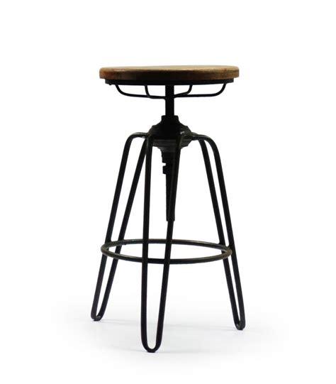 tabouret de bar style tabouret d usine en m 233 tal noir et bois wadiga