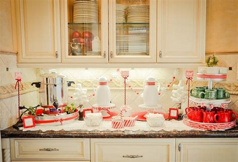 Christmas Kitchen Decor Ideas  Carters Kitchenion