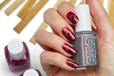 The Best New Holiday And Winter Nail Polishes