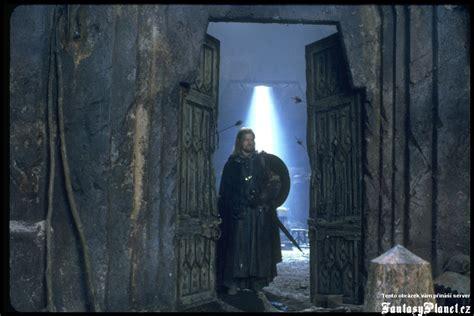 boromir entrando en moria multimedia el hobbit el se 241 or de los anillos la tierra media y la
