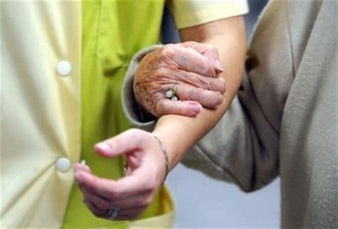 les tarifs des maisons de retraite de plus en plus 233 lev 233 s l express