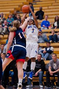 Playoff teams all over 2012-13 schedule for UCSB women's ...