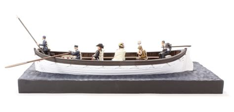Titanic Collapsible Boat A by Hattons Co Uk W Britain 62001 Rms Titanic Lifeboat No 6