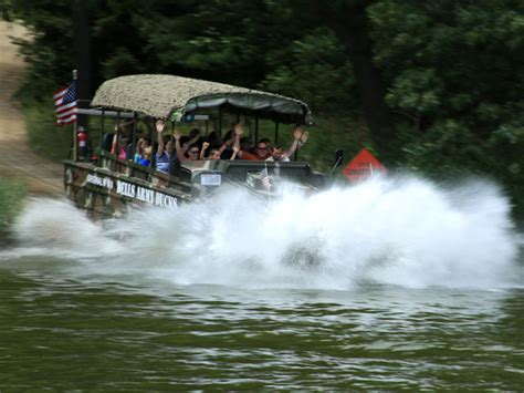 Canyon Lake Boat Rentals Military by Dells Army Duck Land Water Tours And Reviews Wisdells