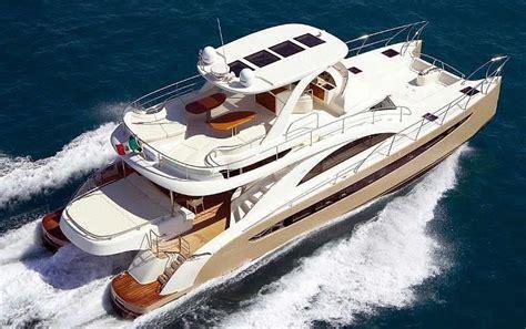 Catamaran Cruising Costs by Catamarans