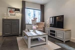 Tv Lowboard Grau : tv schrank grau massivholz lowboard grau im landhausstil breite 165 cm m belserien ~ Markanthonyermac.com Haus und Dekorationen