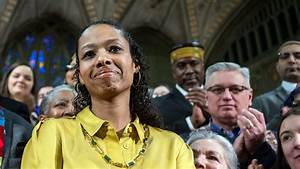 Wheaton professor denounces efforts to fire her - Chicago ...