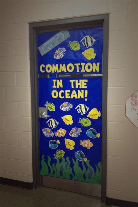classroom door decorations classroom ideas beginning of year grade 2 classroom door