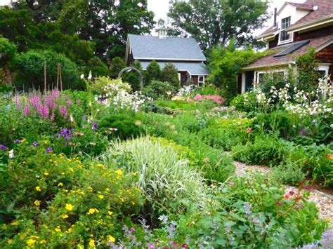 Garden Types : Cottage Garden Design Ideas