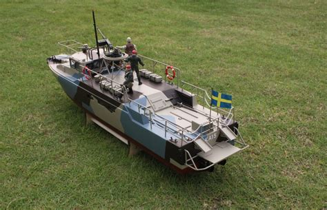 Rc Boats Huge by Rc Huge Ready To Run Cb 90 Riverine Command Boat Us Navy
