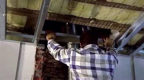 gyproc een metal stud plafond hangen