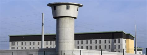 actu p 233 nitentiaire dr 244 me un condamn 233 en cavale vient frapper 224 la porte de la prison de