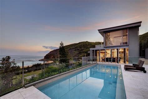 Beach House : Killcare Beach House In New South Waldes