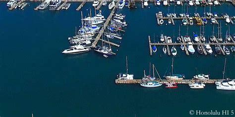 Boat From Maui To Honolulu by Guide To Fishing In Hawaii Oahu Maui Kauai Big Island
