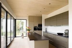 Moderne Holzdecken Beispiele : moderne holzdecken wohnzimmer ~ Markanthonyermac.com Haus und Dekorationen
