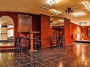 Bar Mit Tanzfläche Berlin : kleiner club im wedding in berlin mieten eventlocation und hochzeitslocation location ~ Markanthonyermac.com Haus und Dekorationen