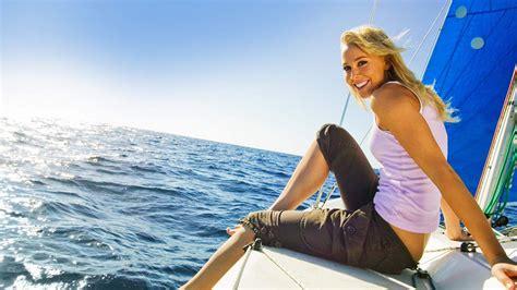 Hot Women On Boats by Woman On Boats Wallpaper Wallpapersafari