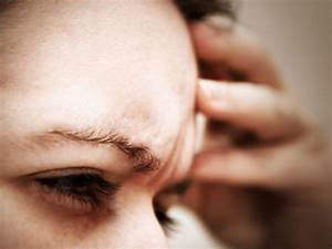 Women who suffer from migraines with aura at greater risk ...