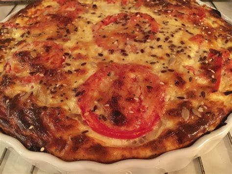 quiche sans p 226 te au thon oignons et tomates aux d 233 lices de no 233 mie