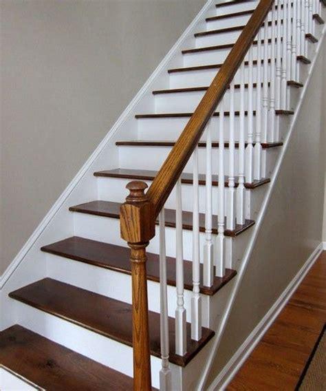 les 25 meilleures id 233 es de la cat 233 gorie escalier bois sur escaliers peints id 233 e