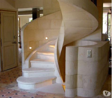 escalier en colima 231 on spiral ou h 233 lico 239 dal en cbwh havelu 28410 mat 233 riel pas