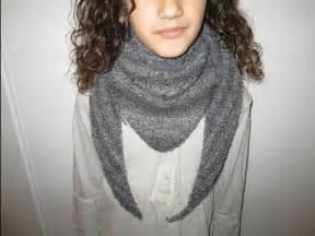 tuto tricot apprendre a tricoter un cheche trendy ou chale echarpe point mousse trop facile