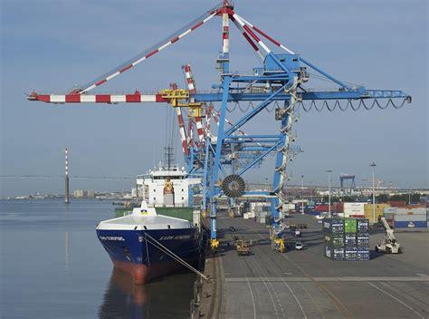en 10 ans pr 232 s de 24 000 233 coliers ont d 233 couvert le port de nantes nazaire mer et marine
