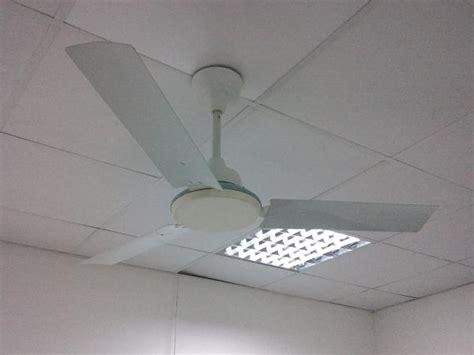ceiling fan broken chain