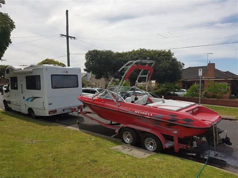 Wake Boat For Sale Victoria by Reinell V8 97hours 20 5 Foot Ski Wake Boat For Sale In